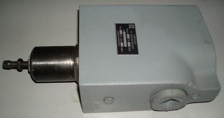 Гидроклапан давления ДГ66-34М