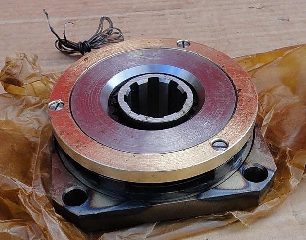 Муфта электромагнитная ЭТМ 096